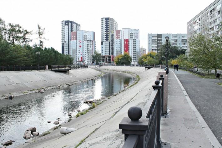 Городская речка Кача