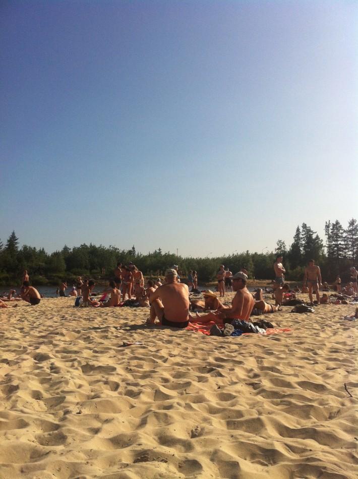 Жаркое лето 2013. Пляж реки Седэ-Яха