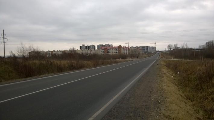 Въезд в пос. Севастопольский (Камсигал) со стороны Калининградского шоссе