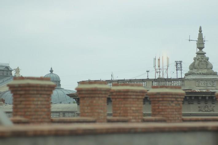 """Полюбоваться на крыши домов в самом центре Одессы можно из окон ресторана """"Пузата хата"""", что на Дерибасовской"""