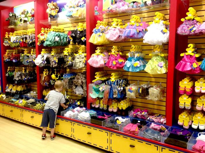 Одежда для игрушек