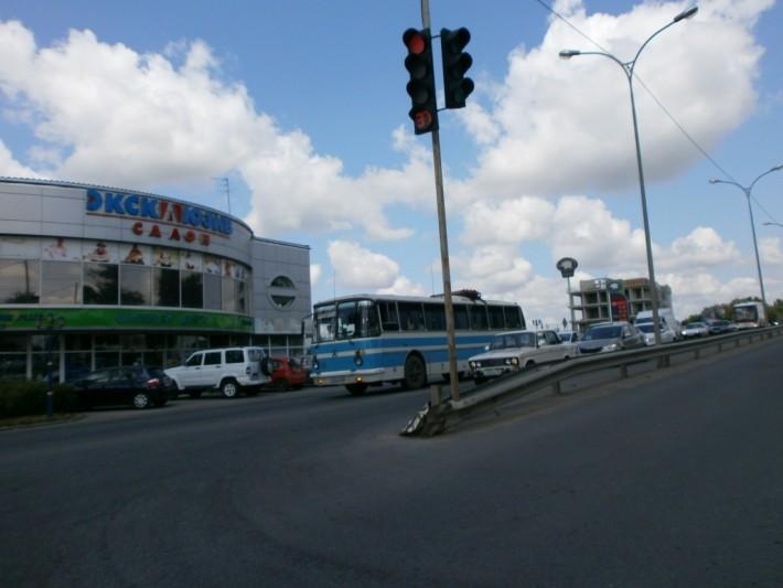 Далеко не единственный раритет на дорогах Симферополя