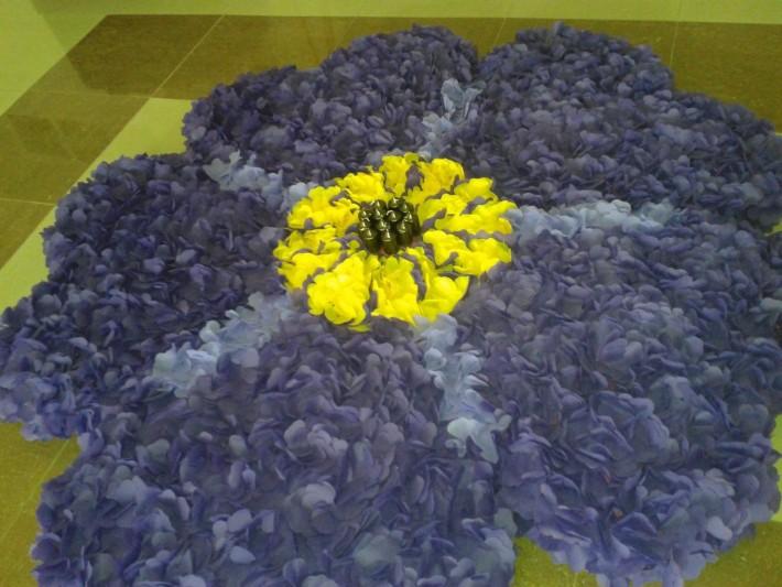 Незабудка - символ 100-летней годовщины геноцида армян («Помню и требую»)