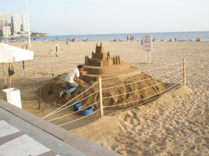 На пляже Леванте