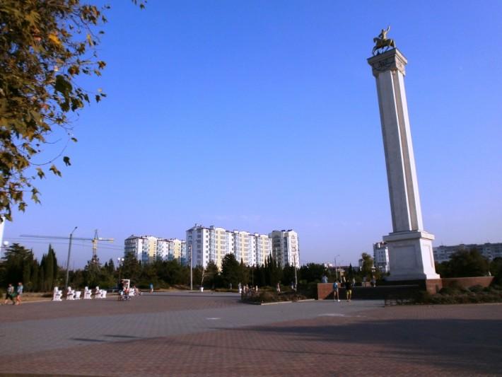Кругом стройка. Вид из Парка Победы