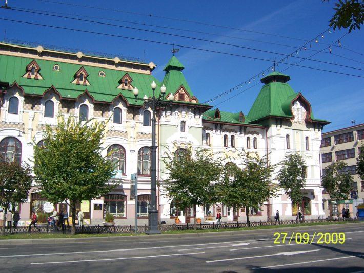 Одно из любимых зданий на Муравьева-Амурского