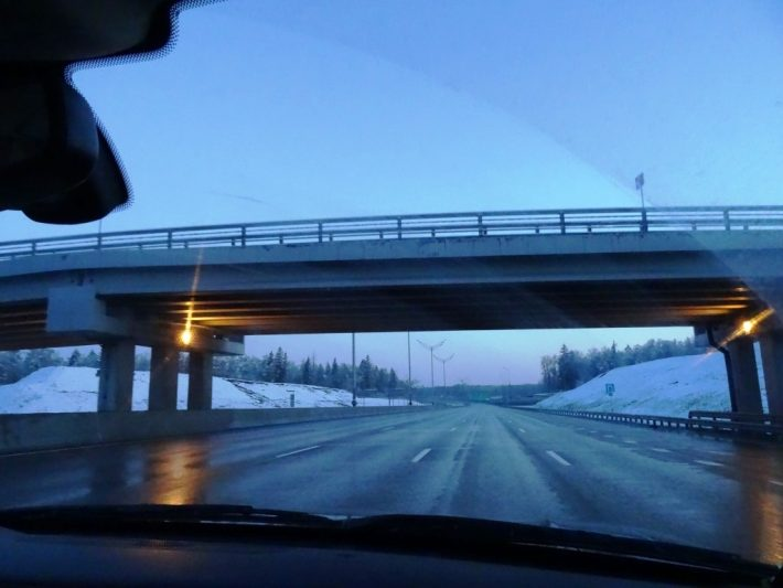 Зима в середине мая. Проезжаем Москву