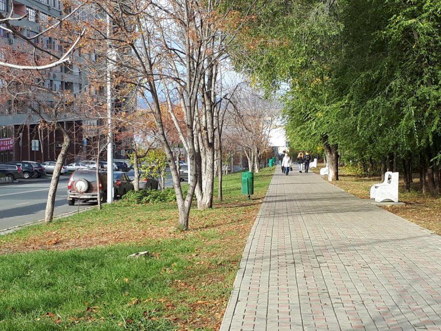 Спуск по ул. Осипенко с другой стороны