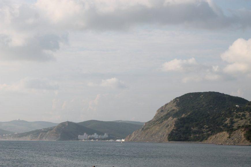 Вид напляжп. Сукко отдельфинария «Большой Утриш»