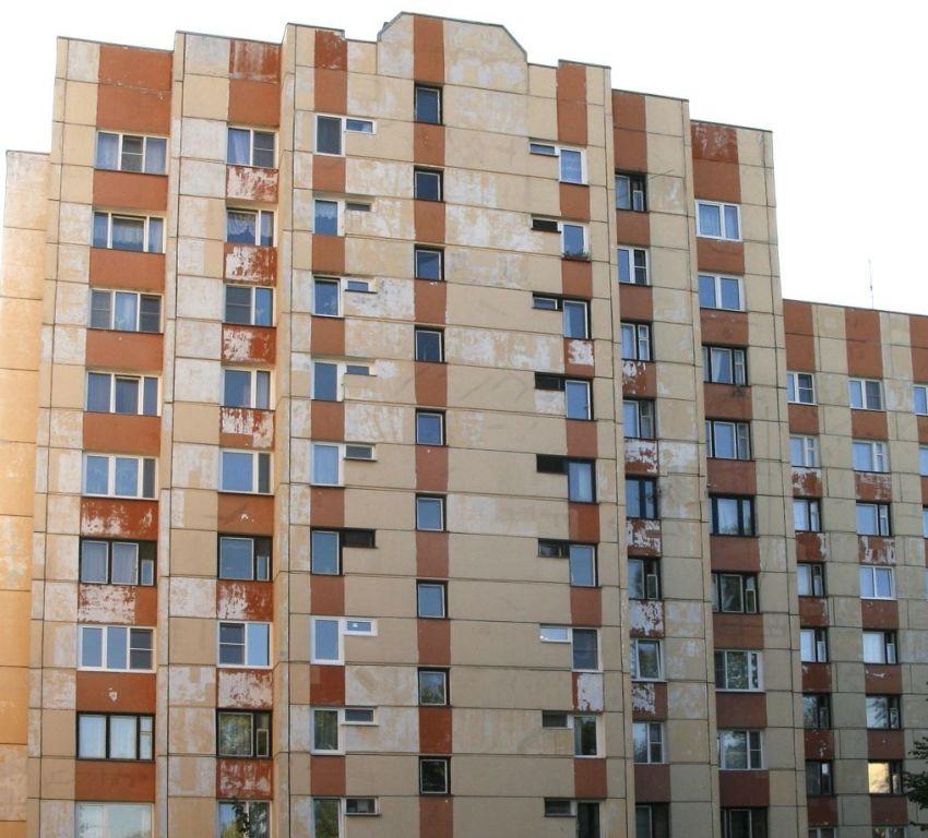 Купили бы квартиру в таком доме за цену городской в новострое? Я что-то не хочу