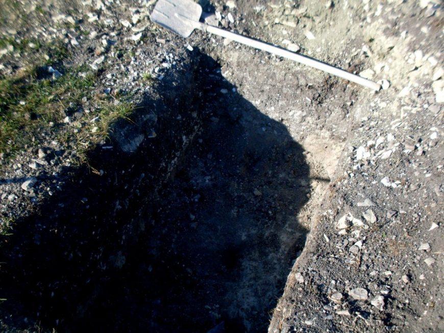 Между делом копаю яму под септик