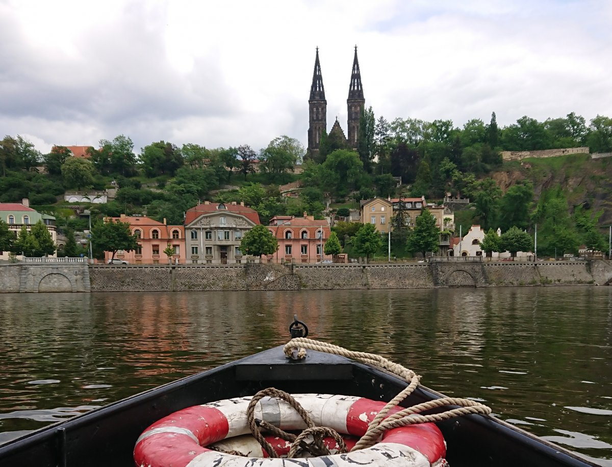 Как поступить в университет в Чехии самостоятельно