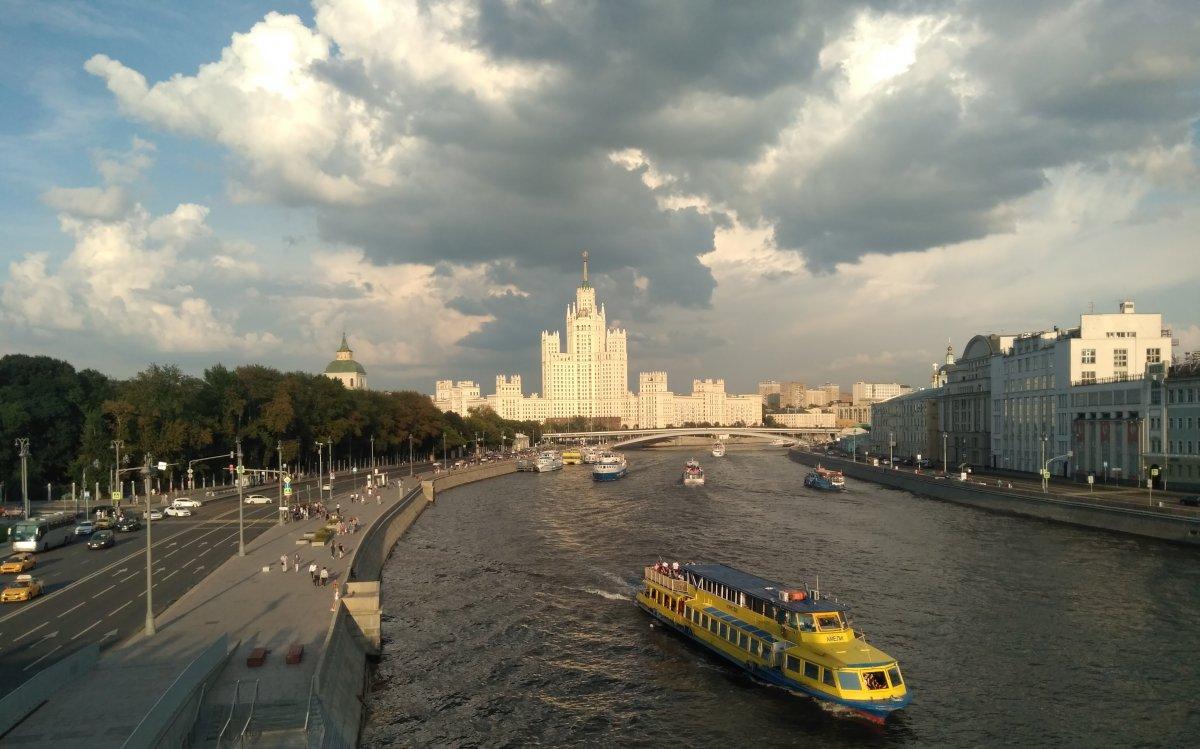 Как жить в москве приезжим
