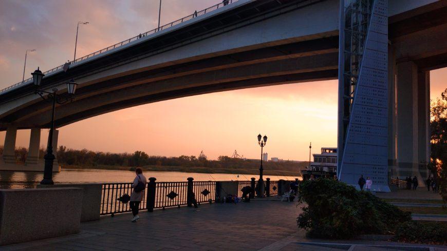 Вид с набережной на Дон и Ворошиловский мост