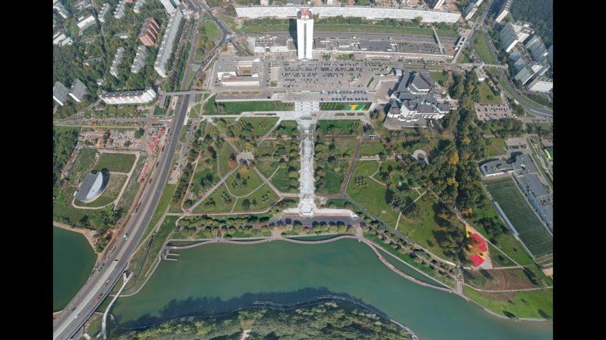 Замечательный парк и стоянка :)