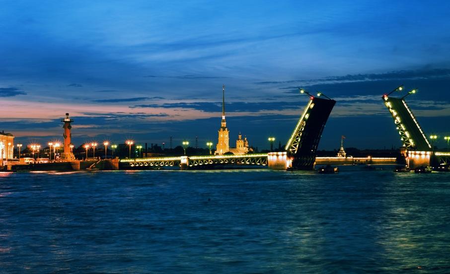 сравнение санкт-петербургской культуры и европейской