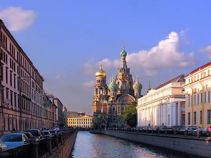 Канал Грибоедова и храм Спаса на Крови