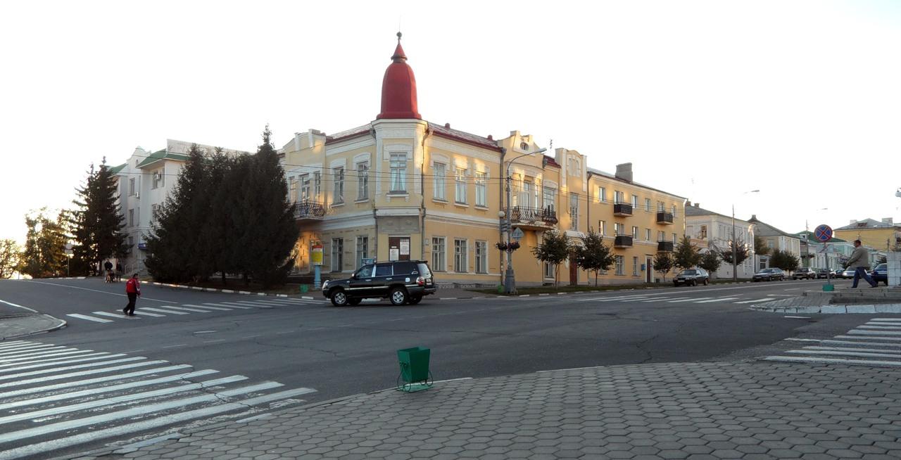Где находится фабрика славянка