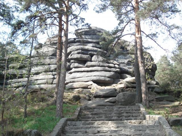 Каменные палатки ЖБИ