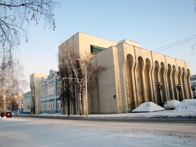 Стерлитамак. Русский драматический театр