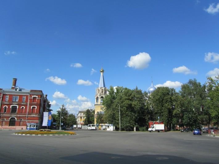Комсомольская площадь в Красноперекопском районе