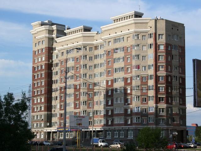 Сургут. 12-этажное здание на ул.Кайдалова