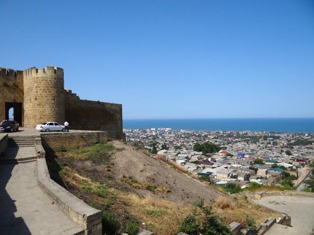 Дербентская крепость и вид на город
