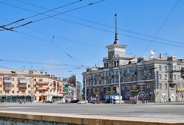 Барнаул. Дом под шпилем