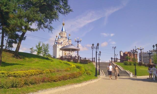 Новый храм в центре города - теперь главная достопримечательность города