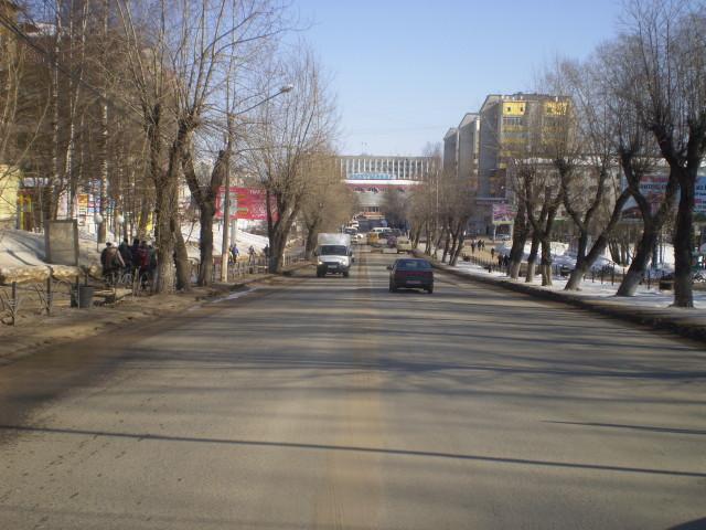 Улица Коммунистическая, то же место, сто лет спустя