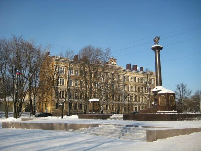 Памятная стелла Город воинской славы в ЦПКО