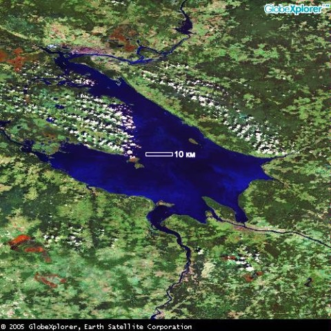 Рыбинское водохранилище из космоса