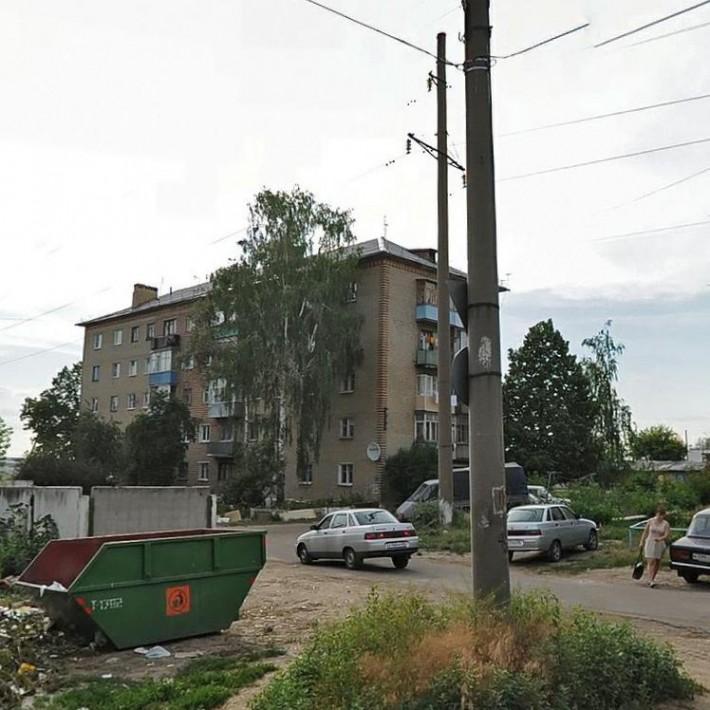 Улица А. Островитянова