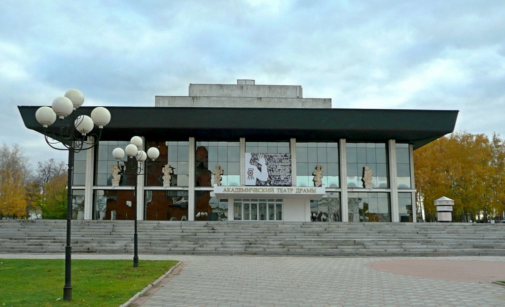 Театр в городе владимире фото