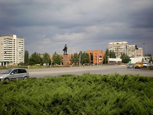 Волжский. Площадь Ленина