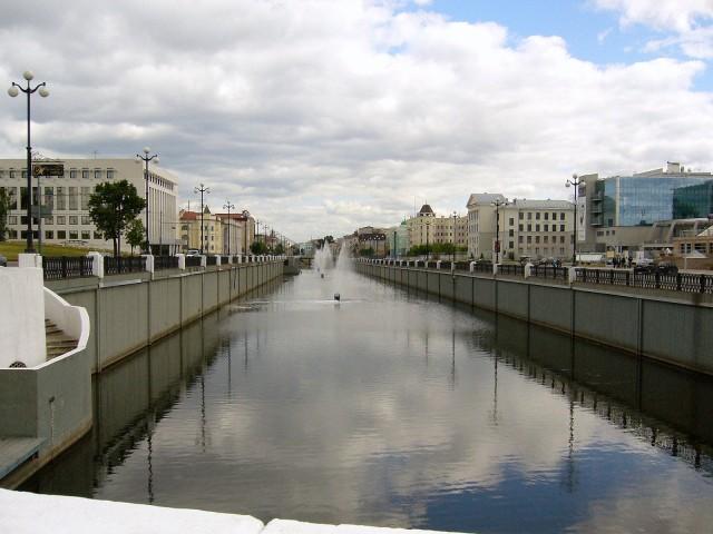 Одна из центральных улиц, Булак, где протекает одноименный городской канал