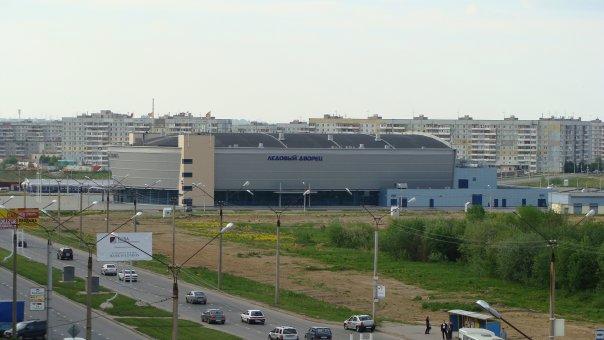 Зашекснинский, Ледовый дворец
