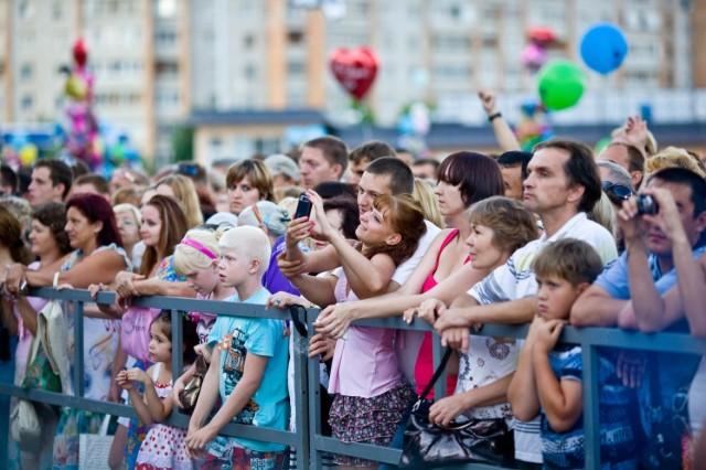 Очередной концерт на Аксеновской площади