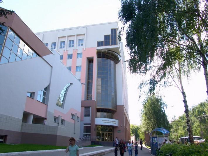 Один из новых корпусов университета