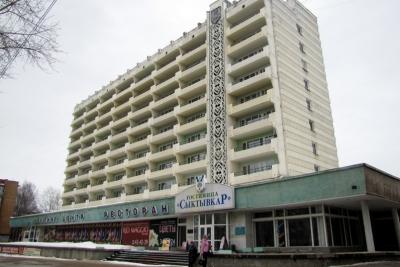 "Орнаменты на здании гостиницы ""Сыктывкар"""
