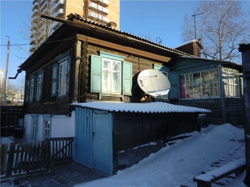 Старые дома преобладают на всей территории города