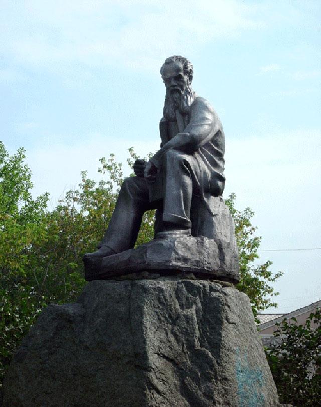 Памятник писателю Бажову