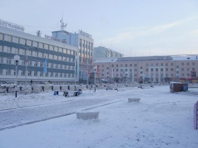Одна из красивейших площадей города – площадь Орджоникидзе. Именно здесь происходила массовая драка