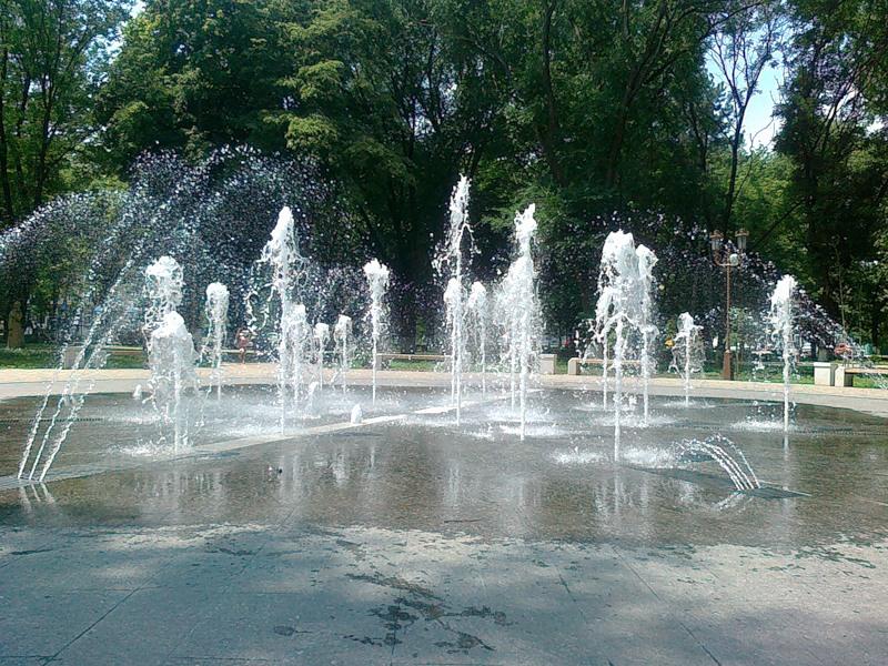 Фонтан в городском парке