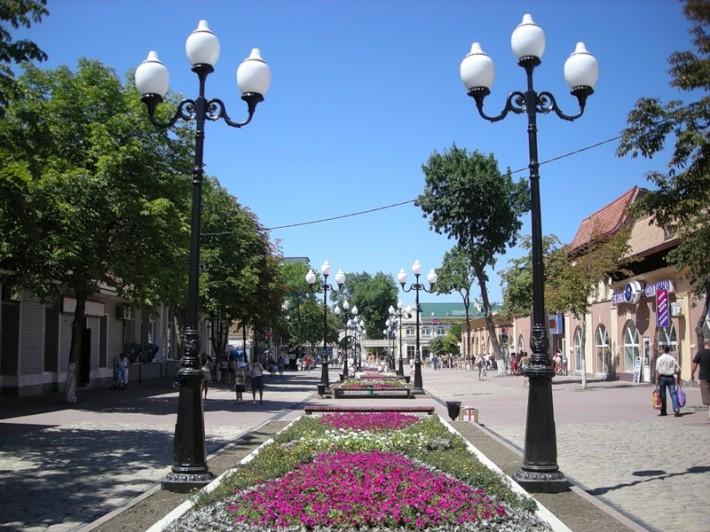 Центральная аллея города