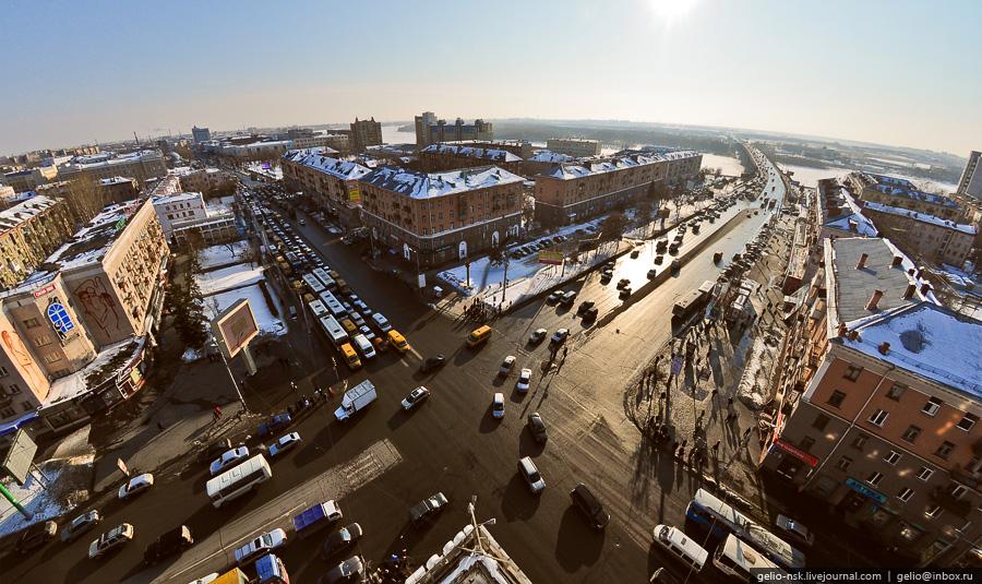 Перекресток проспекта Маркса и улицы Масленникова
