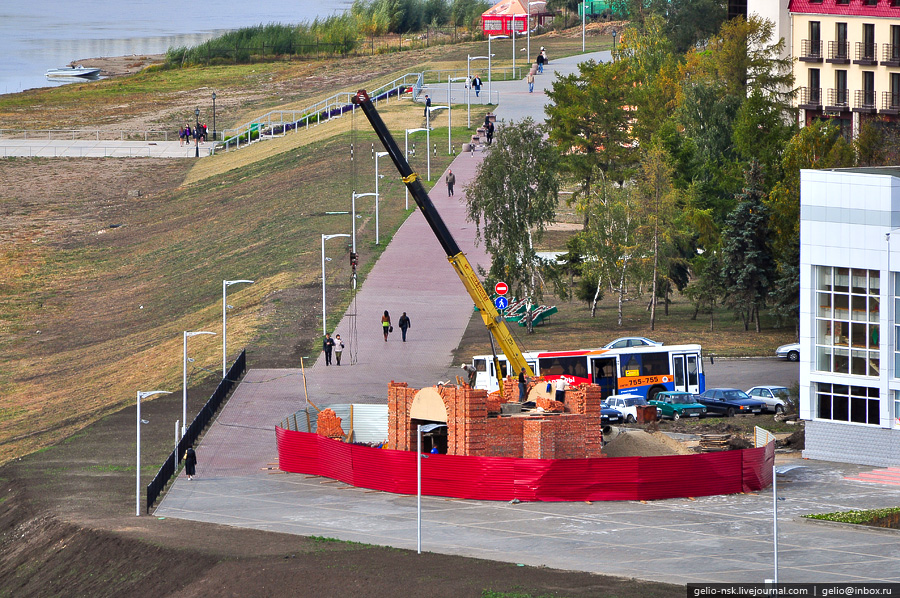 Реконструкция Иртышских ворот