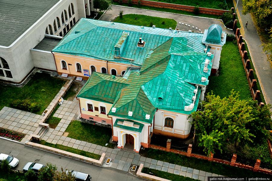 Центральный ЗАГС, бывший особняк Батюшкина