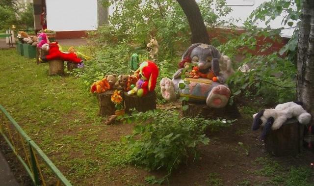Жилой двор на ул. Саянской