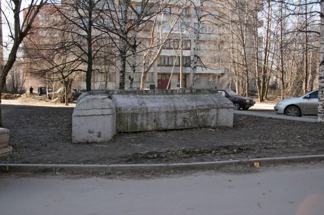 ДОТ во дворе
